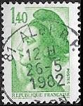 1F40 vert